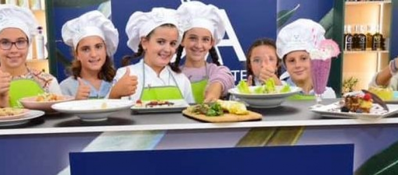 María Díaz, ganadora de la III Concurso de Cocina Infantil «Pequechef del AOVE»