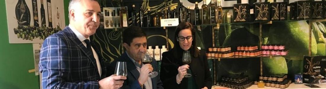 Presentados los primeros aceites de las cooperativas de Fuensanta y Las Casillas