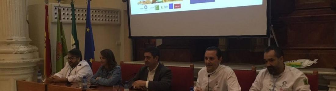 El presidente de la Diputación resalta la variedad de la gastronomía andaluza como un aliciente turístico más