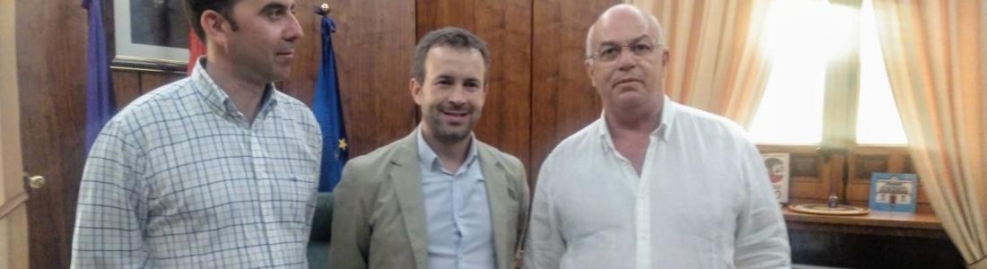 ASAJA-Jaén expone al alcalde las amenazas que se ciernen sobre el olivar
