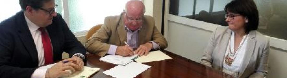 ASAJA-Jaén firma un convenio con el laboratorio de la Caja Rural de Jaén