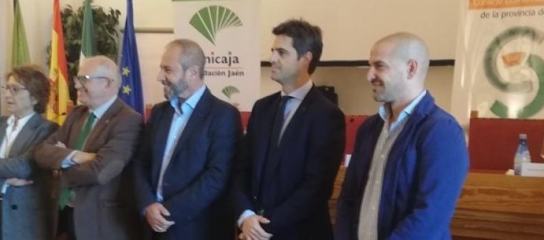 José Antonio La Cal recibe el VIII Premio de Investigación del CES de la provincia de Jaén