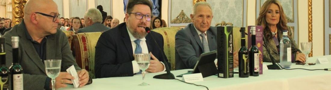 Sánchez Haro valora el proyecto de fusión de la cooperativa Ciudad de Jaén y anima al sector oleícola a seguir su ejemplo