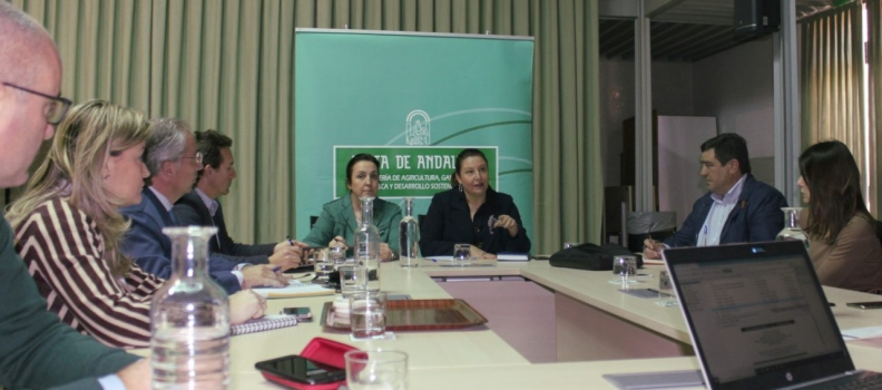La Consejería de Agricultura modificará las bases reguladoras de las ayudas para agilizar pagos y simplificar trámites burocráticos