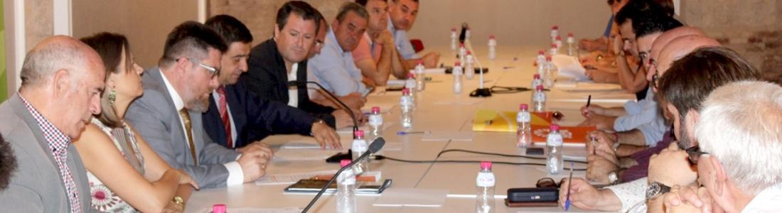 El Consejo Provincial del Aceite de Oliva traslada al consejero de Agricultura su postura ante la reforma de la PAC