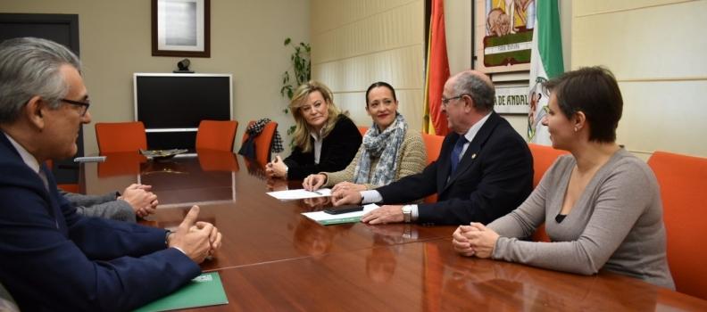 La Junta entrega a la cooperativa Virgen del Perpetuo Socorro de Alcaudete una ayuda de 1,394 millones para modernizar su almazara