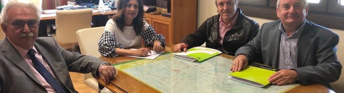 Cooperativas Agro-alimentarias de Jaén traslada a la Junta las inquietudes del sector