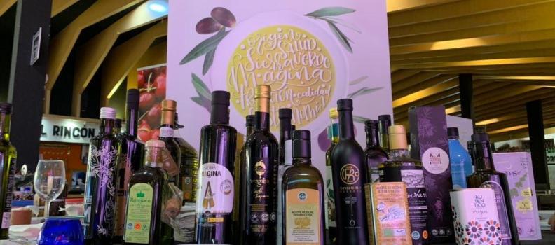 El AOVE de Mágina se ha promocionado en el mercado de Chamberí de Madrid