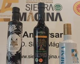"""Las cooperativas que producen """"Santuario de Mágina"""" (Huelma), """"La Quinta Esencia"""" (Jódar) y """"Señorío de Mesía Ecológico"""" (La Guardia), premios Alcuza 2021 de la DO Sierra Mágina"""
