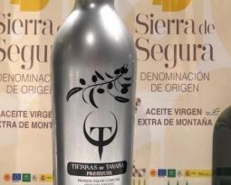 Fuenroble, Oro de Génave Selección DO y Tierras de Távara Premium, mejores aceites en los Premios Ardilla de la DOP Sierra de Segura