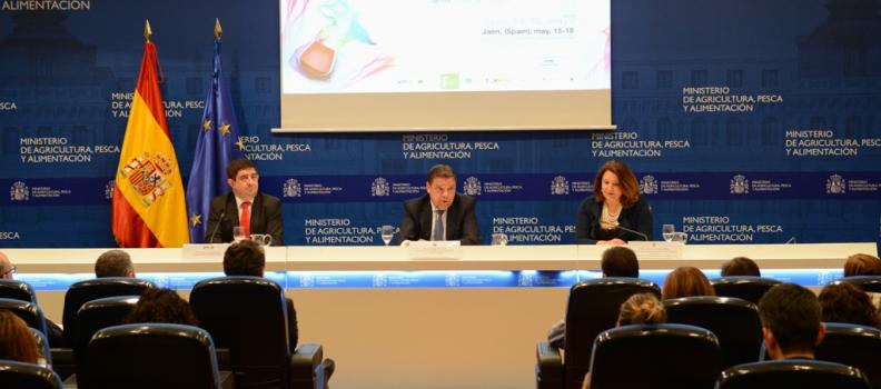 Planas subraya la relevancia internacional de Expoliva para el impulso y la promoción del sector oleícola