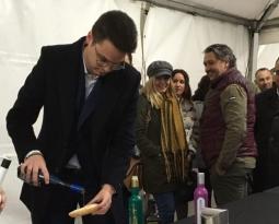 Más de 30 empresas jiennenses promocionan sus AOVEs tempranos en la VI Fiesta del Primer Aceite de Jaén en Gijón