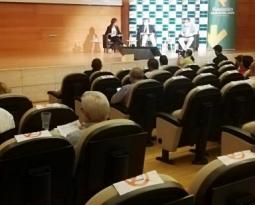 Más de 500 profesionales de 14 países participan en el Diálogo online de IFEJA promovido por la Fundación Caja Rural de Jaén sobre la próxima campaña oleícola