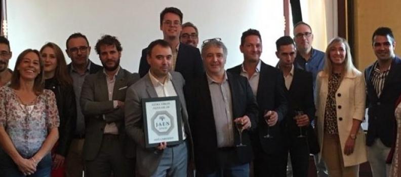Los AOVE Jaén Selección se posicionan en el mercado francés de la alta restauración de manos de Diputación