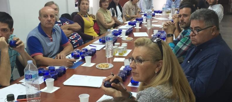 El Centro de Interpretación Olivar y Aceite acoge un curso de cata de aceite de oliva virgen