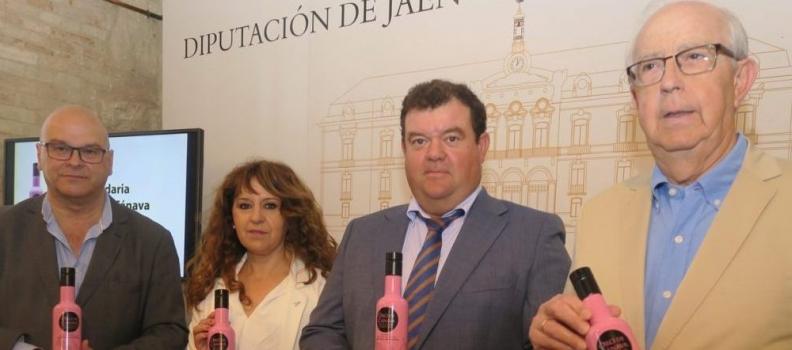 Oro de Cánava entrega 3.000 euros de la recaudación solidaria por la venta de una edición especial de AOVE
