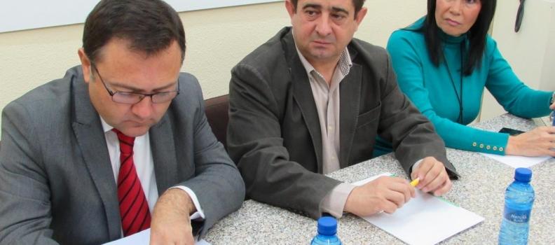 El PSOE pide la comparecencia de Arias Cañete para que explique los motivos por los que «discrimina a Andalucía» en el reparto de las ayudas de la PAC