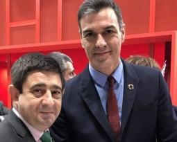 Francisco Reyes traslada a Pedro Sánchez la necesidad de seguir apostando por la  internacionalización y promoción del aceite de oliva