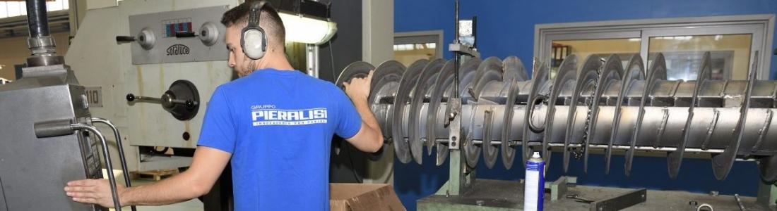 Pieralisi se prepara para la campaña de la aceituna con más de 600 máquinas revisadas hasta el momento