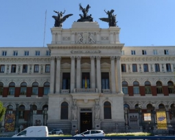 """El Ministerio Agricultura promociona el consumo de los """"Alimentos de España"""""""