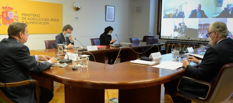 Planas aborda con Cooperativas Agroalimentarias la importancia de la modificación de la ley de la cadena