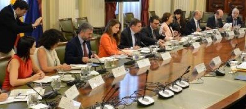 Luis Planas aborda con las organizaciones profesionales agrarias la situación del Plan Estratégico Nacional de la PAC