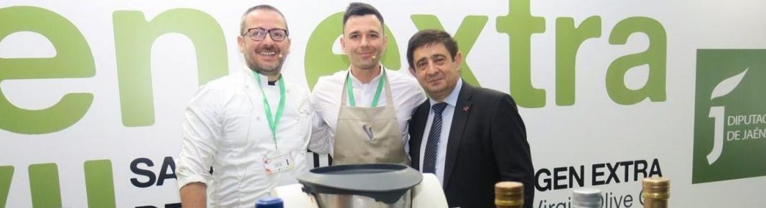 Pedro Sánchez y Álvaro Salazar, con una Estrella Michelín, divulgan en Expoliva 2019 el uso del AOVE en la cocina