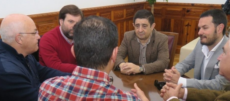 La Diputación respalda las movilizaciones de los agricultores jiennenses el día 24 de febrero por un precio justo del AOVE
