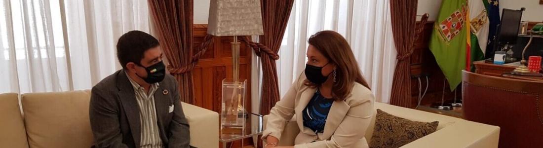 Reyes traslada a la consejera de Agricultura su preocupación por el reparto de la PAC y la seguridad sanitaria en la campaña