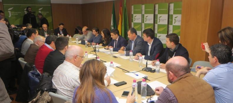 """Reyes considera que la IGP Aceite de Jaén """"tendrá beneficios en el precio, la economía y el empleo"""""""