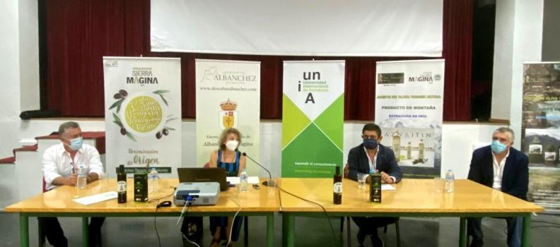 Reyes aboga por el aprovechamiento de subproductos del olivar para mejorar la competitividad del sector