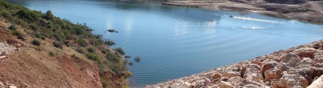 La CHG da luz verde a la tramitación de las concesiones de riego con la reserva de la presa de de Siles