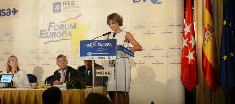 García Tejerina dice que el sector agroalimentario se ha convertido en punta de lanza de la recuperación económica