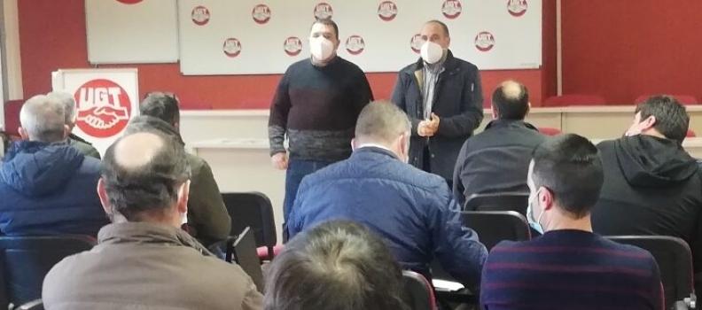 UGT y CC OO reúnen en asamblea a sus  delegados y convocan una concentración el próximo lunes en Jaén por «un convenio digno» del aceite