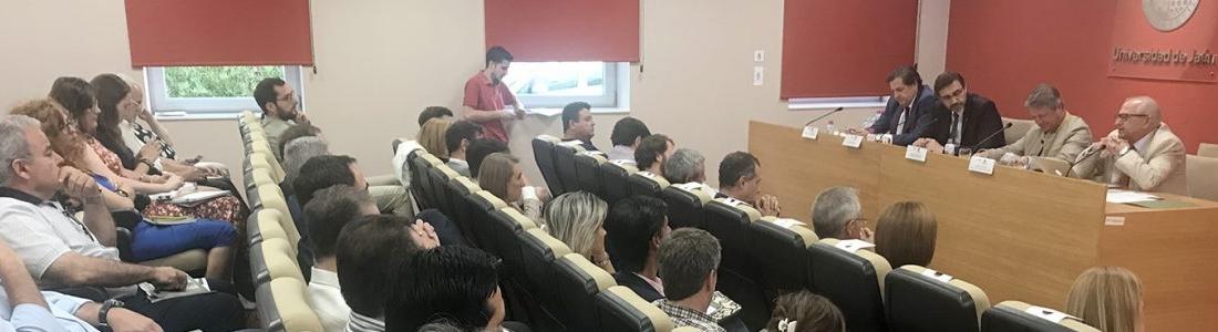 Una jornada aborda la adecuación de la formación para favorecer la incorporación de perfiles profesionales al sector oleícola jiennense