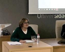 La Universidad de Jaén aborda el proceso de internacionalización de empresas del sector oleícola