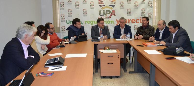UPA Andalucía se reúne con el consejero de Agricultura en funciones para hacer balance agrario de 2018