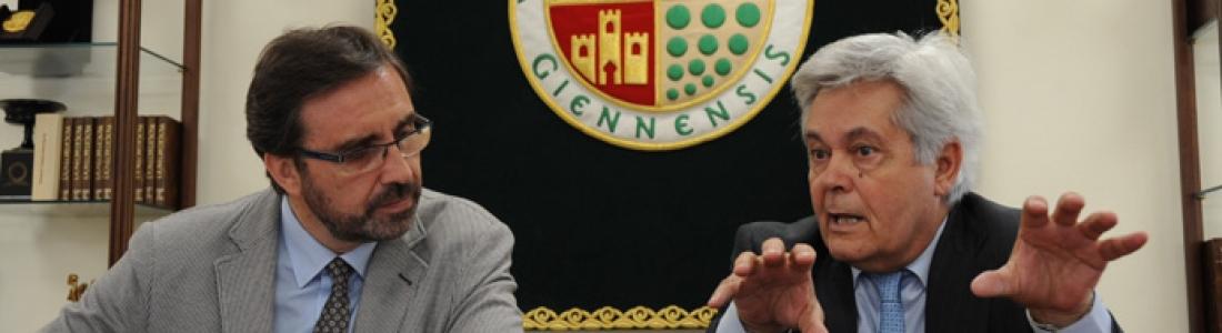 Un convenio entre la UJA y BMN CajaGranada pretende popularizar el conocimiento del aceite de oliva a través de catas