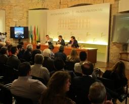 Presentado en Jaén el libro La olivicultura internacional