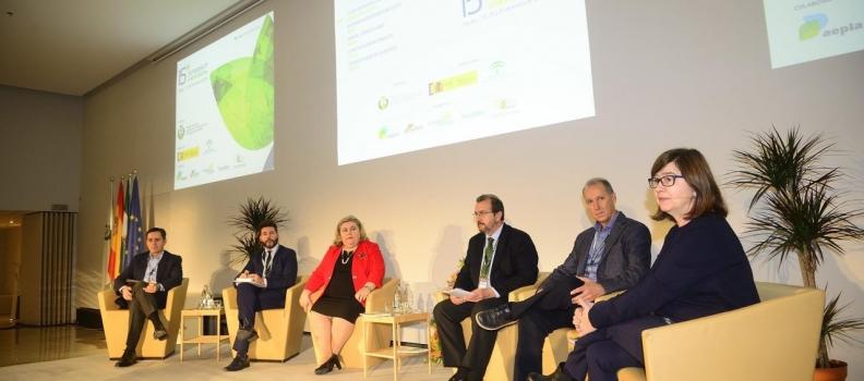 La necesidad de ofrecer una mayor información sobre la sanidad vegetal a la sociedad, una de las claves del Symposium