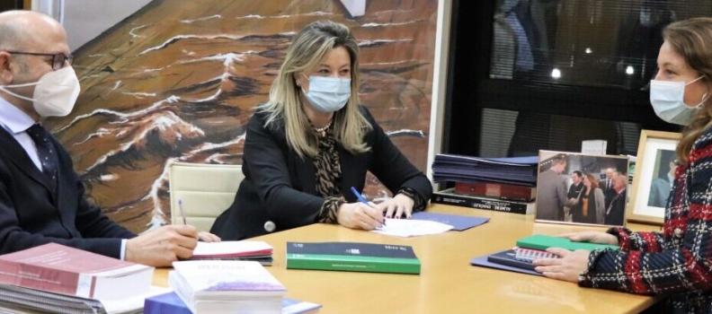 La Junta ofrece desde este lunes más de 14.000 servicios de asesoramiento gratuito a agricultores y ganaderos andaluces