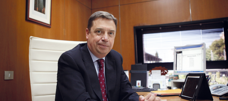 Luis Planas Puchades, Consejero de Agricultura, Pesca y Medio Ambiente de la Junta de Andalucia