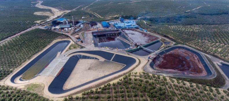 La extractora de orujo San Miguel Arcángel se suma a la protesta del sector del aceite de oliva