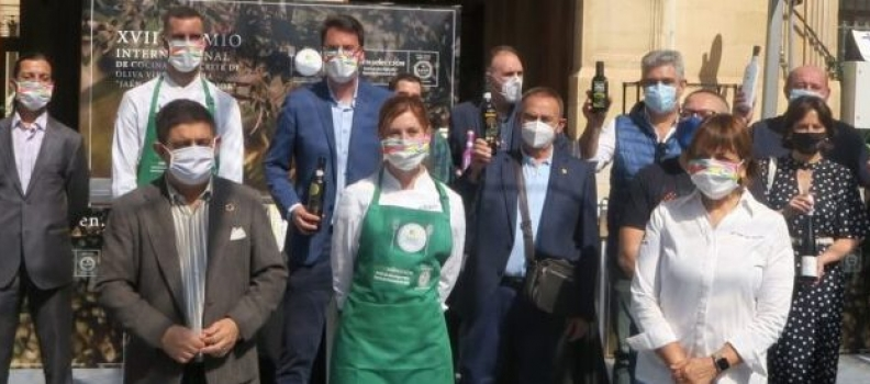 Ingrid Serra, de 27 años, primera cocinera que gana el Premio Internacional de Cocina con AOVE de la Diputación de Jaén