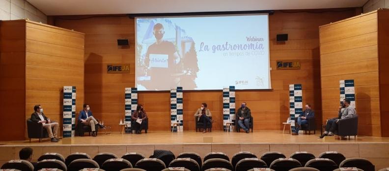 Hosteleros, sanitarios y administración debaten en IFEJA sobre el presente y futuro del sector de la restauración en tiempos de COVID