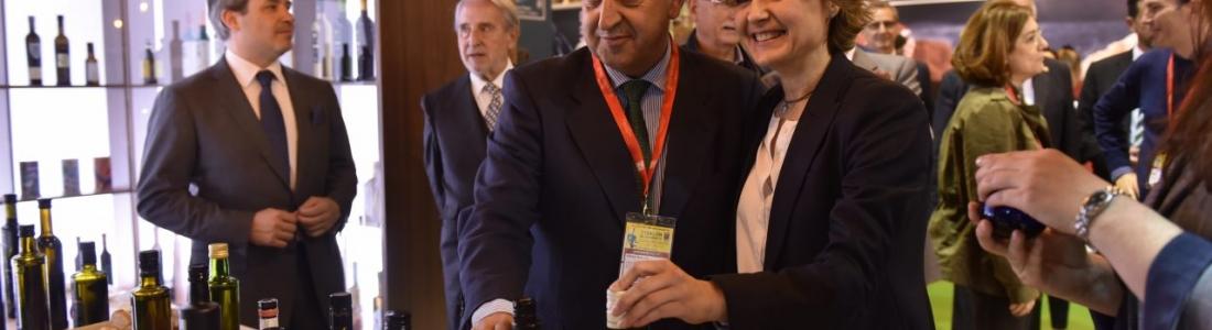 La ministra de Agricultura dice que la alimentación española se ha convertido en un referente mundial