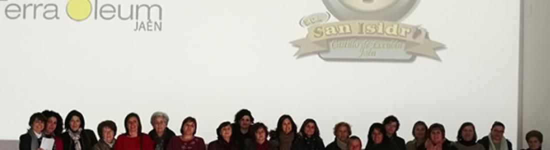 Mujeres cooperativistas visitan el Museo Terra Oleum
