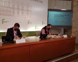 La Diputación de Jaén y Appistaco apuestan por la formación de los agricultores para fomentar la implantación del pistacho como complemento al olivar