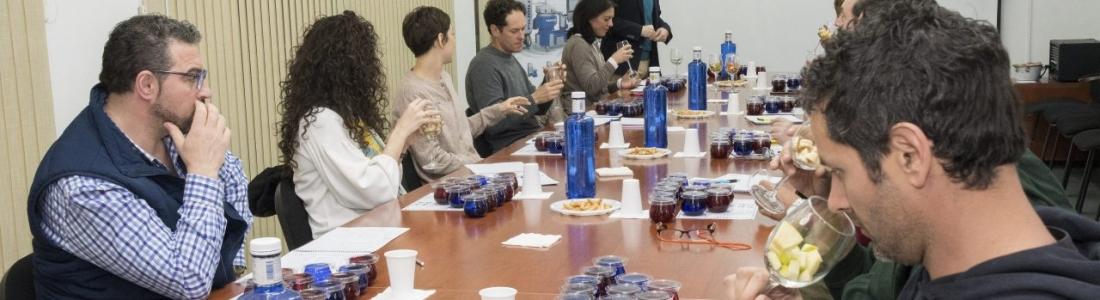 Olivar y Aceite imparte un curso avanzado de cata de aceite de oliva virgen extra