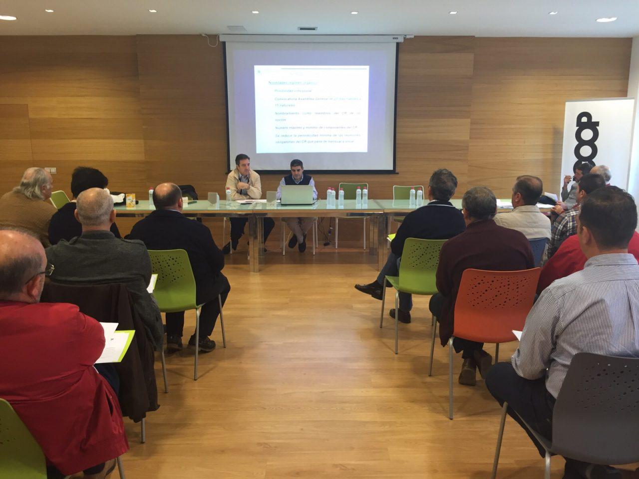 Cooperativas Agro-alimentarias de Jaén imparte formación a responsables de más de 30 cooperativas